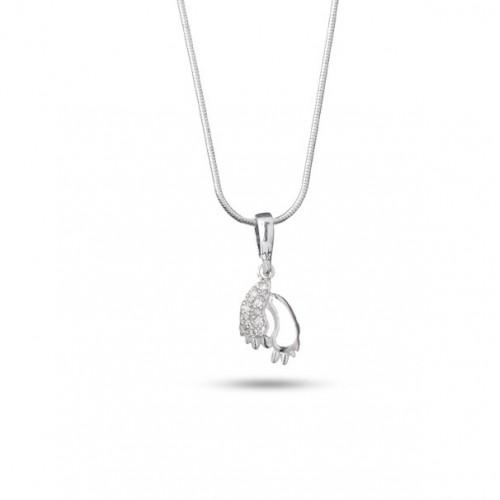 Дамско сребърно колие с медальон бебешки крачета 4755