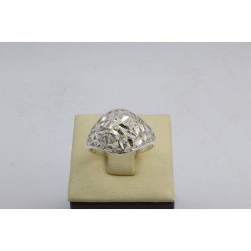 Дамски сребърен пръстен 102