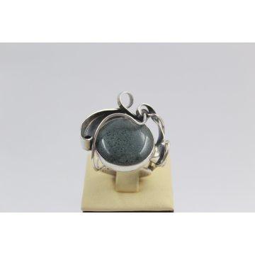 Дамски сребърен пръстен с естествен вогисид 1153