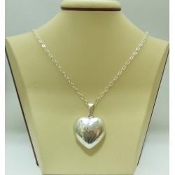 Дамски сребърен отварящ се медальон Сърце