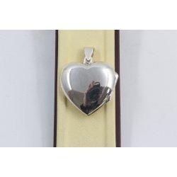 Дамски сребърен отварящ се медальон сърце 1169