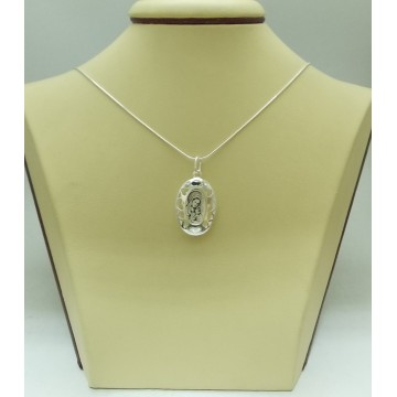 Дамски сребърен медальон Богородица