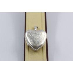 Дамски сребърен отварящ се медальон сърце за две снимки 1532
