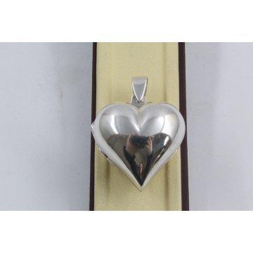 Отварящ се дамски сребърен медальон сърце 3090