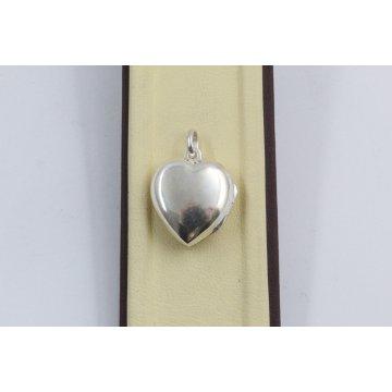 Дамски сребърен отварящ се медальон Сърце 1927
