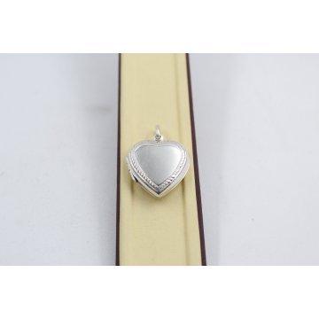 Дамски сребърен отварящ се медальон Сърце 1928