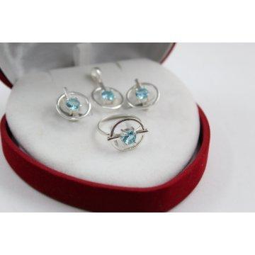 Дамски сребърен комплект със сини камъни 2174