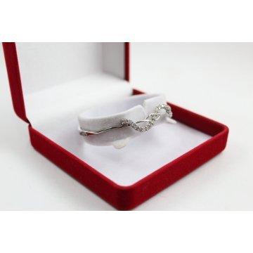 Дамска твърда сребърна гривна с бели камъни 2203