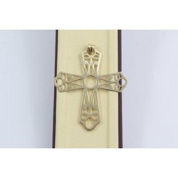 Златен дамски кръст жълто злато 2340
