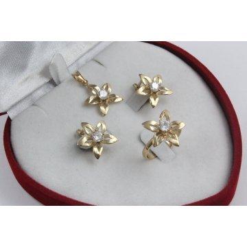 Дамски златен комплект Цветя обеци пръстен медальон 2363