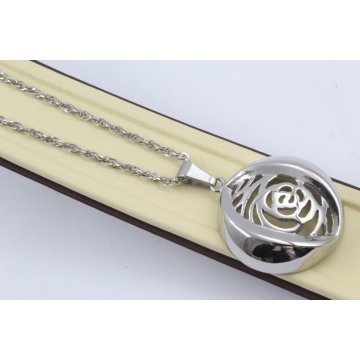 Стоманено колие с медальон Роза 2521