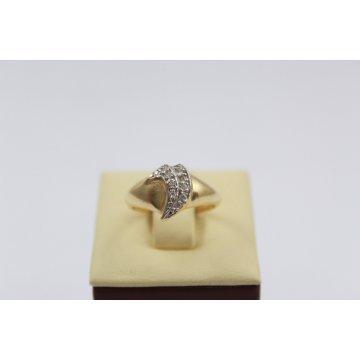 Дамски златен пръстен жълто и бяло злато бели камъни 2624