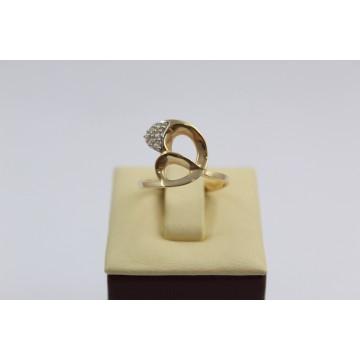 Дамски златен пръстен жълто злато бели камъни 2627
