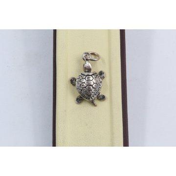 Дамски сребърен медальон костенурка тъмно сребро 2880