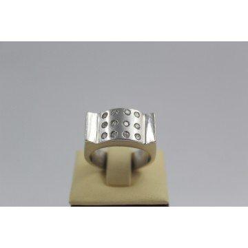 Дамски сребърен пръстен с бели камъни 2994