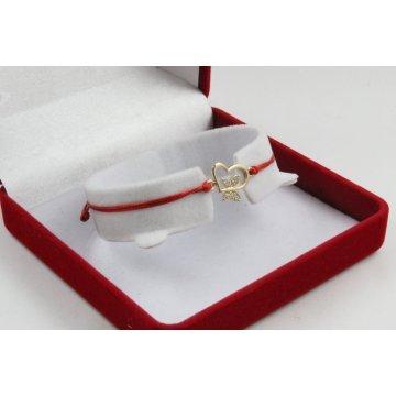 Златна регулираща се гривна с червен конец сърце и пеперуда 3102
