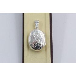 Сребърен отварящ се медальон за снимкa елипса гравирана 3254