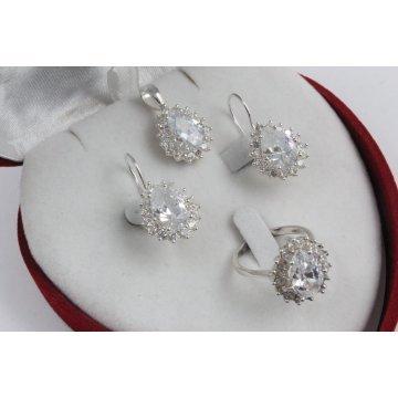 Дамски сребърен комплект с бели камъни Принцеса обеци медальон пръстен 3378