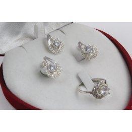 Дамски сребърен комплект с бели камъни обеци пръстен медальон 3404