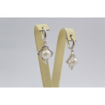 Дамски сребърни обеци с бели циркони и перли 3409