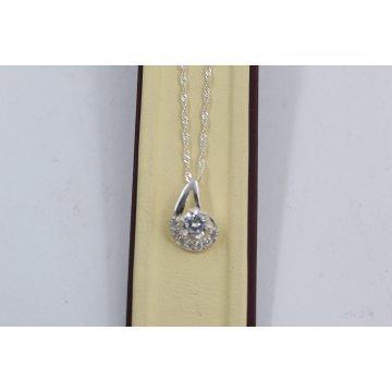 Дамско сребърно колие с медальон с бели камъни 3416