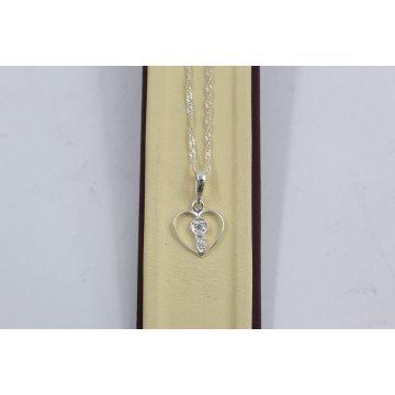 Дамско сребърно колие с медальон сърце с бели камъни 3423
