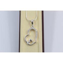 Дамско сребърно колие с медальон две сърца с камъни 3424