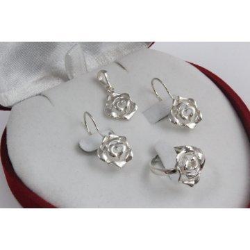 Дамски сребърен комплект Роза 3522