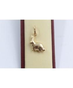 Дамски златен медальон заек жълто злато 3644