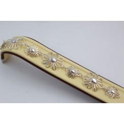 Дамска сребърна гривна с цветя 3731