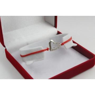 Сребърна регулираща се гривна червен конец сърце с бели камъни 3768