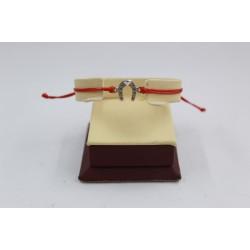 Сребърна регулираща се гривна с червен конец и подкова 3771