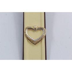 Дамски златен медальон сърце с гръцки елементи бяло жълто злато 3811