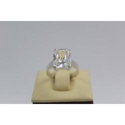 Дамски сребърен годежен пръстен квадратен бял камък 3836