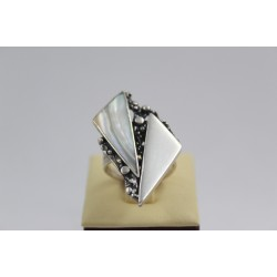 Дамски сребърен пръстен тъмно сребро седеф 3838