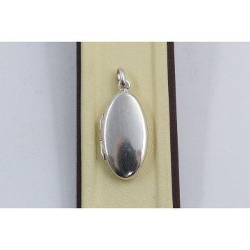 Дамски сребърен отварящ се медальон за снимка изчистена елипса 3939