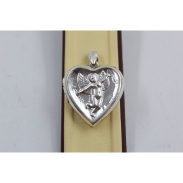 Дамски сребърен отварящ се медальон за снимка сърце с ангел 3943