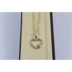 Дамско златно с две сърца жълто злато бели камъни 4057