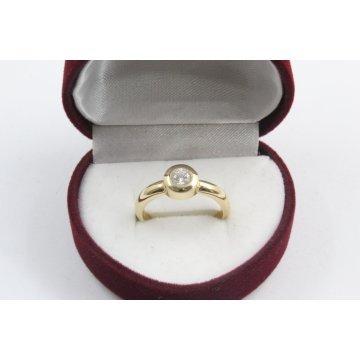 Дамски златен годежен пръстен 4177