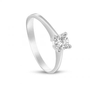 Дамски сребърен годежен пръстен с бели камъни 4201