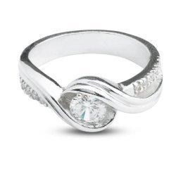 Дамски сребърен годежен пръстен с бели камъни 4203