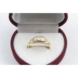Дамски златен годежен пръстен жълто злато бели камъни 4207