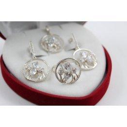 Дамски сребърен комплект с бели камъни обеци пръстен медальон 4277