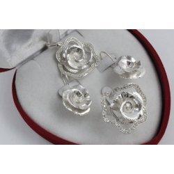Дамски сребърен комплект с бели камъни Божур обеци пръстен медальон 4337