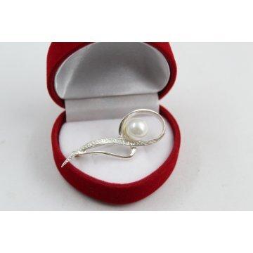 Сребърна брошка с перла 4347