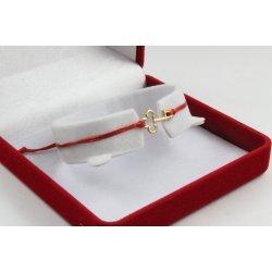 Златна регулираща се гривна с червен конец и ключ 4363