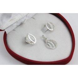 Дамски сребърен комплект обеци медальон бели камъни 4501