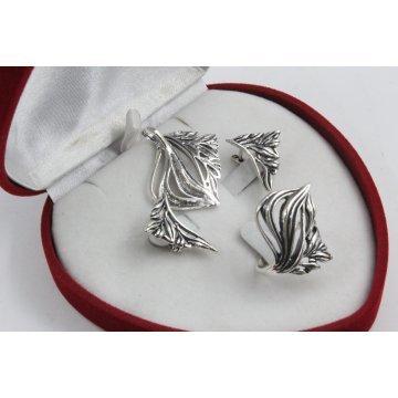 Дамски сребърен комплект тъмно сребро обеци медальон пръстен 4516