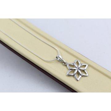 Дамско сребърно колие Цветята на Марго 4540