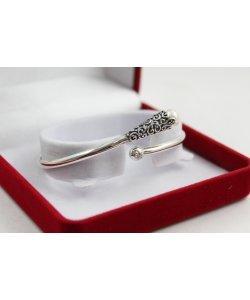 Дамска сребърна твърда гривна тъмно сребро бяла перла 4898